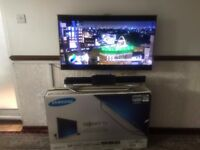 "SamsungFull HD 1080p 40"" HD Smart 3D LED TV with 3D glasses"