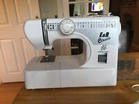 E&R Classic electric sewing machine in excellent condition