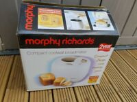 Morphy Richards Compact Coolwall breadmaker