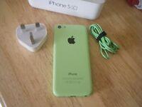 Apple iPhone 5c (Green, locked to EE)
