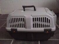 Cat or little dog carrier IATA approved