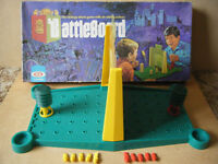 """Vintage""""BATTLEBOARD"""" strategy attack game, by Ideal 1972. Complete."""