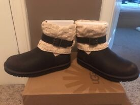 Ladies Genuine Ugg Boots Size 8.5