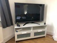 """50"""" LG 50PM680 Full HD 1080p Digital Freeview HD Smart Plasma 3D TV"""