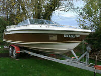 19ft Crestliner Crusader with Mercruiser 3.7L inboard (Trailer Included)