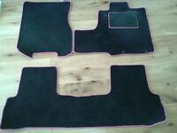 Honda CRV car mats carpet set Pink Trim