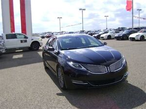 2013 Lincoln MKZ V6 Fully loaded AWD Park Assist