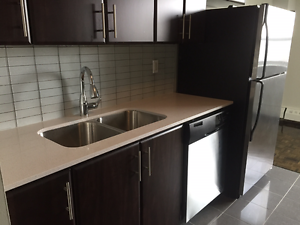 PORT CREDIT  Luxury 1 Bedroom located meters from the GO Train!