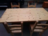 Beautiful Solid Oak Dining Table and for chairs