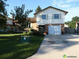 $269,900 - Split Level for sale in Strathroy London Ontario image 1