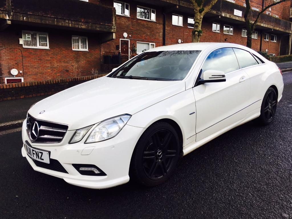 mercedes benz e220 amg sport coupe 2011 full service history leather sat nav xenons in oldham. Black Bedroom Furniture Sets. Home Design Ideas