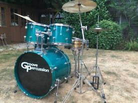 Complete Lacquered Drum Kit With Hardware and Cymbals and Brass Snare Drum !!