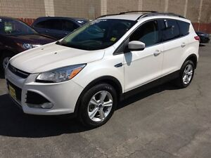2014 Ford Escape SE, Automatic, Navigation, Back Up Camera, AWD
