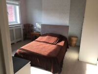 High Standard Furnished Double Bedroom With Shared Living Room/Kitchen/Shower Room With One Tenant
