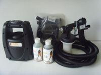 LA Spray Tanning Machine with 2 bottles of Tan