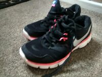 womens nike trainers
