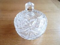 Beautiful art deco vintage pressed glass bowl with lid