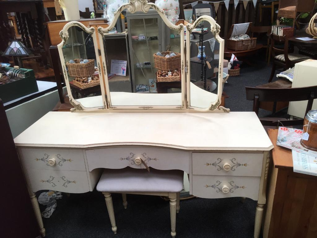 Vintage dressing table - Lovely Vintage Dressing Table With Triple Mirror And Stool