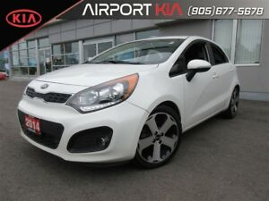 2014 Kia Rio SX w/Navigation / Sunroof / Leather