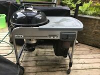 Weber Performance Charcoal BBQ with electric ignition. Used, dent in hood.