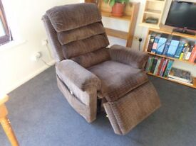 Fully reclining - electric Armchair
