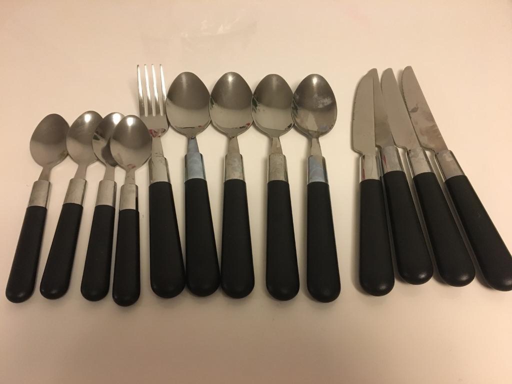 Used utensils for 4