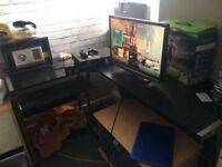 L shaped desk! Black!