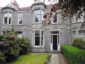AM PM ARE PLEASED TO OFFER FOR LEASE THIS LOVELY 5 BED PROPERTY-FOUNTAINHALL-ABERDEEN-P1139