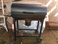 outdoor bbq barbecue - black - barley used