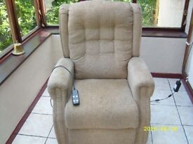 Dual Motor Good Quality Riser Recliner Chair Very Good Clean Condition