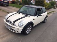 MINI COOPER, PEPPER WHITE, 2005, 1.6, PETROL, 3 DR, PANORAMIC ROOF.