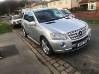 Mercedes ML 350 blue efficiency