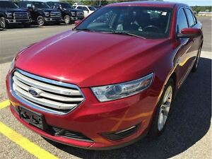 2013 Ford Taurus SEL w/ NAV, SUNROOF, LEATHER, SYNC