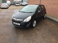 Vauxhall Corsa SE 1.4 petrol. 5 door. 2011 black. 12 months MOT and warranty included