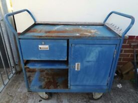 WELCONSTRUCT - METAL WORK BENCH - IDEAL FOR MOBILE MECHANIC
