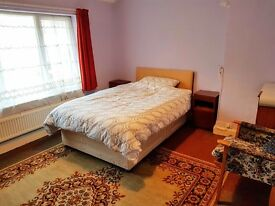 Bognor Double Room big enough for 2 people. All bills included