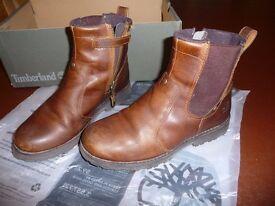 Timberland Junior Asphalt Trail Chelsea Boot (UK2, Euro 34.5)