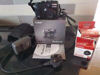 Cannon Powershot 12 digital camerac/w all original accessories plus case and zoom lense, 4gb card