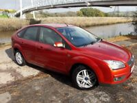 57 REG (07) FOCUS GHIA DIESEL WITH 6 SPEED .TOP SPEC WITH CRUISE.ALLOYS.AUTO LIGHTS.9 SERVICE STAMPS