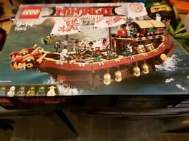 Lego ninjago movie ship 70618 bnib complete