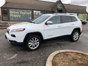 2017 Jeep Cherokee Limited / 4x4 / sunroof / leather
