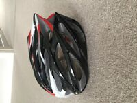 Cycling helmet m to large