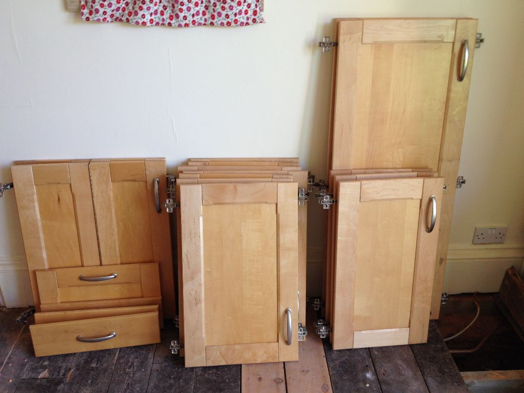 Solid Wood Shaker Style Kitchen Cupboard Doors Drawers