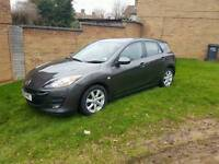 Mazda 3 spares or repair it dose start and drive