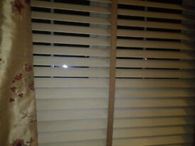 Real wooden wide slatted blinds