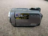 Sony Handycam dcr-sr72