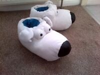 FAMILY GUY 'BRIAN DOG' SLIPPERS