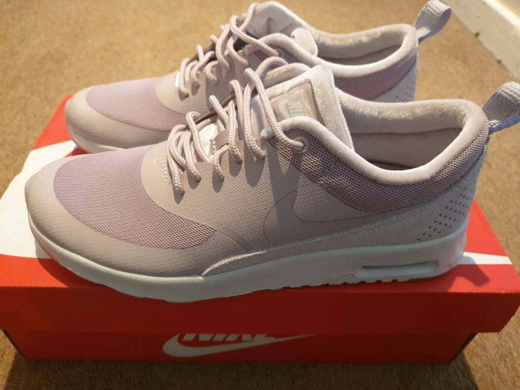 buy popular 3a5a0 13853 Womens Nike air max thea lx size 5 trainers
