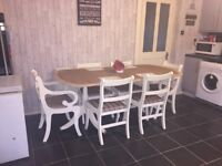 Solid extending table and 6 chairs