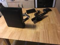 XBox 360 for in very good condition used only twice